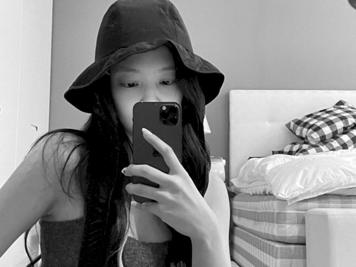 Bikin Netizen Syok, Segini Harga Kasur Milik Jennie BLACKPINK