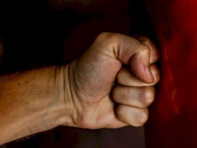 Beri Peringatan ke Remaja yang Sering Bully Anaknya, Sang Ayah Malah Dikeroyok