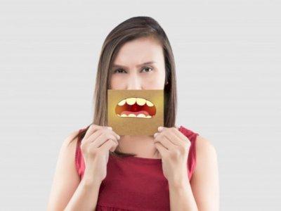 Bau Mulut Mengganggumu? Kenali Penyebabnya!