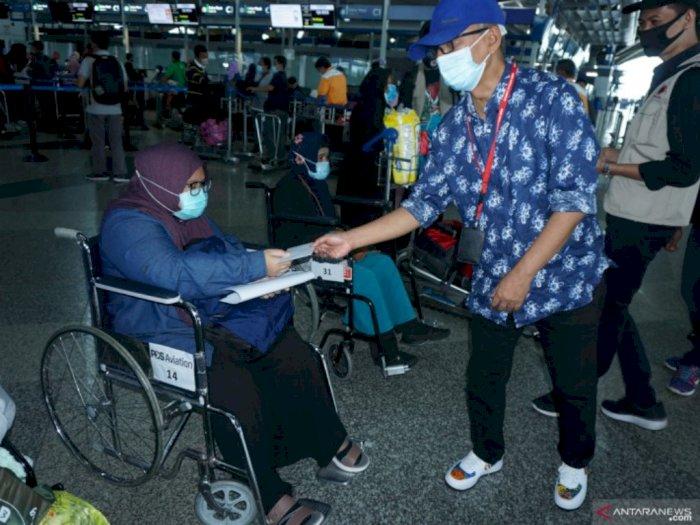 Sebanyak 166 PMI asal Kuala Lumpur Dipulangkan ke Surabaya, 158 Dewasa dan 8 Anak-anak
