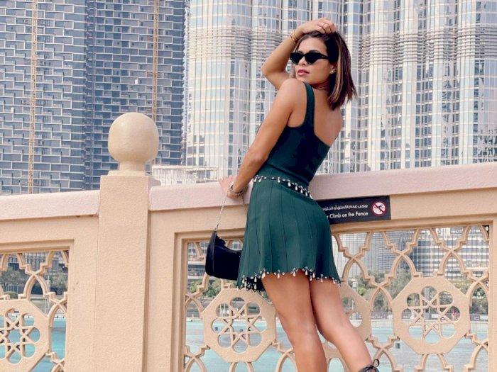 Model Majalah Playboy Ini Dikecam Usai Foto Tanpa Bra di Dubai