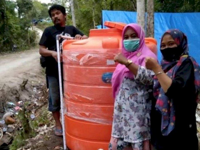 Tiga Pekan Kesulitan Stok Air, Relawan dan Korban Gempa Majene Bangun Sarana Air Bersih