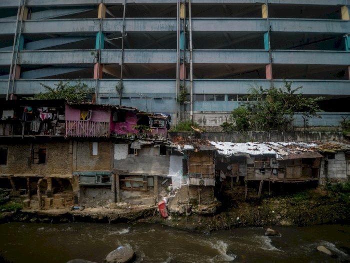 FOTO: Anggaran Untuk Rumah Tidak Layak Huni di Jawa Barat
