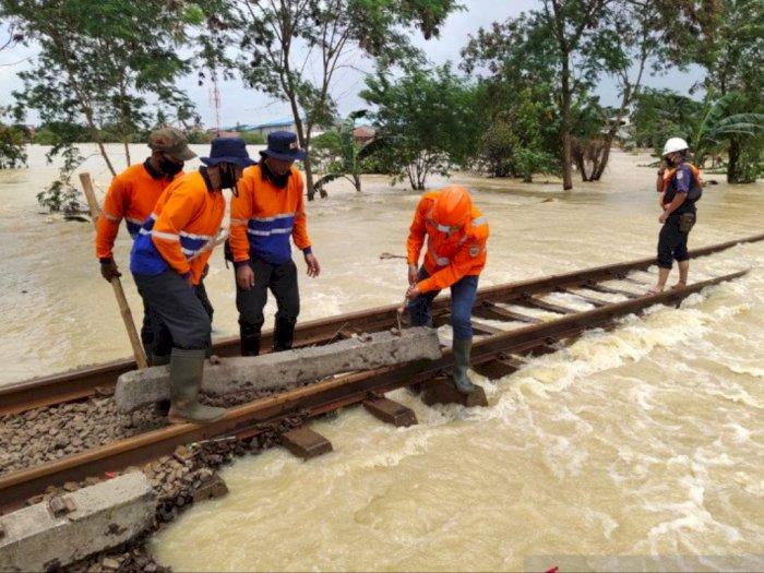 Akibat Banjir, KAI Kembali Batalkan Seluruh Perjalanan KA Dari dan Menuju Jakarta