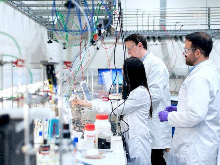 Para Ilmuwan Rusia Mendeteksi Adanya Penularan Flu Burung H5N8 pada Manusia