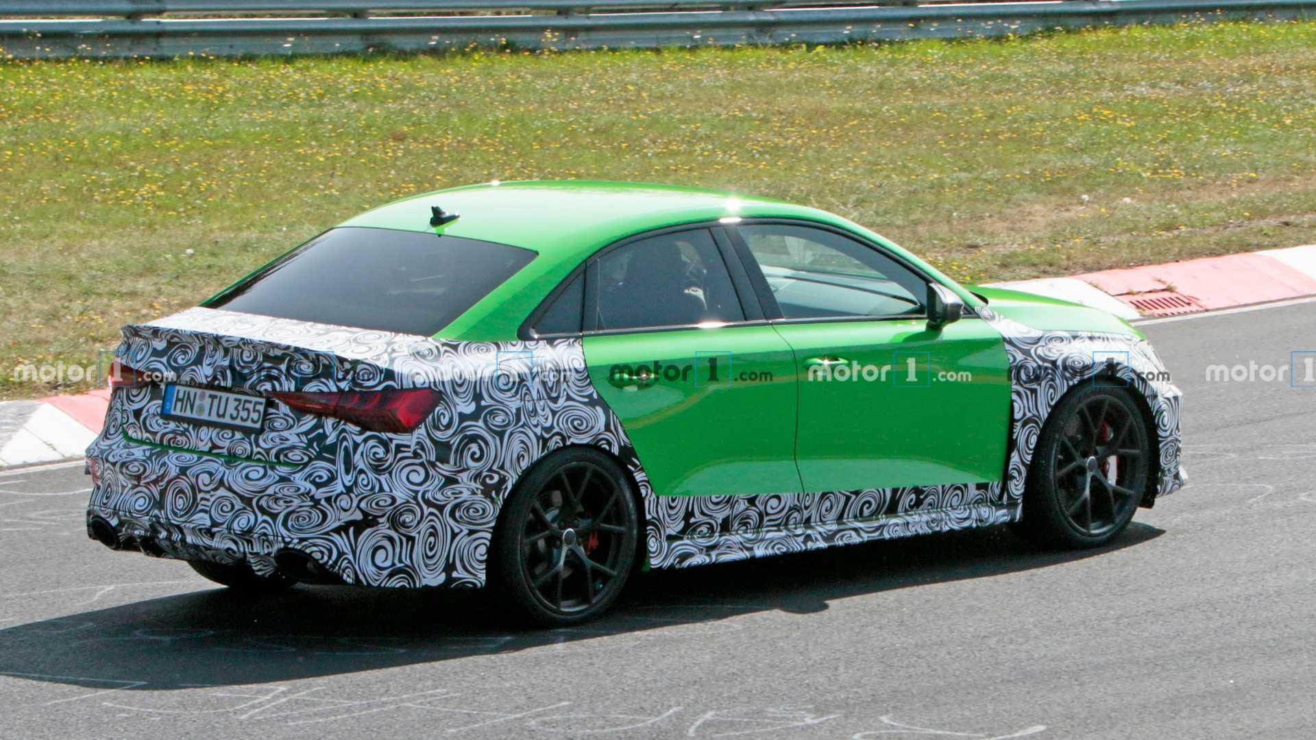 Penampakan mobil Audi RS3 Sedan 2021 di Nurburgring