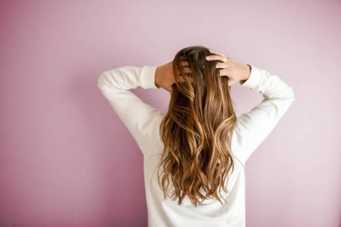 khasiat daun sirih merah untuk kesehatan rambut
