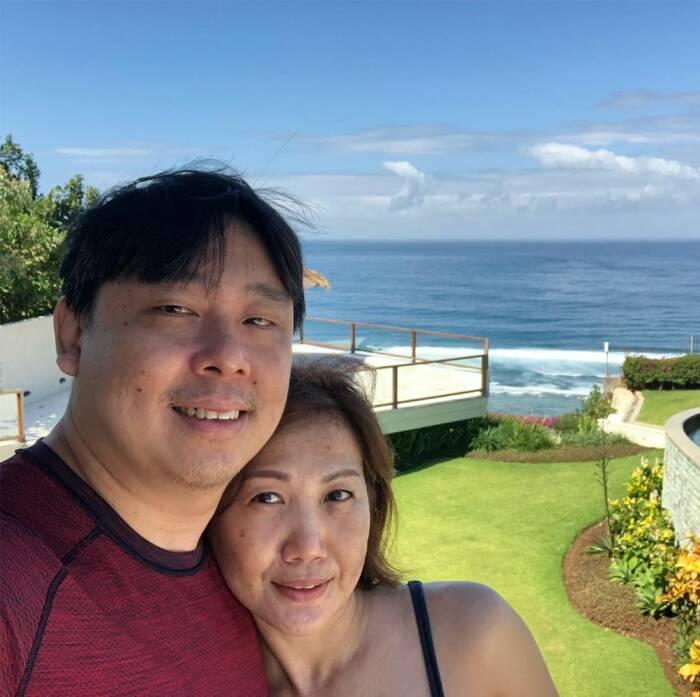 Adam Khoo dan istri