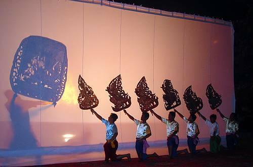Sbek Thom Permainan Wayang Kulit Tradisional Kamboja Indozone Id
