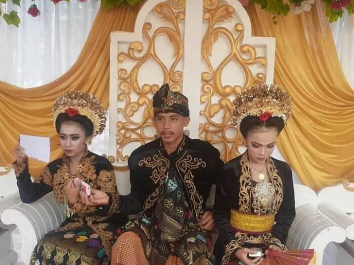 Ahmad Rizal menikahi dua wanita sekaligus. (Isitimewa)