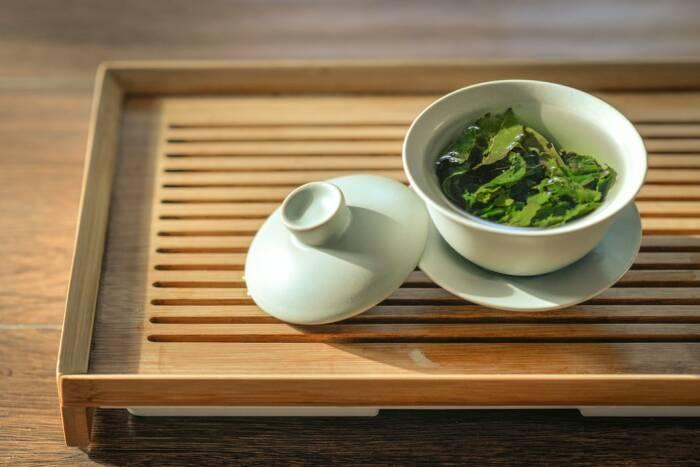 pengobatan alami mengobati rambut rontok teh hijau