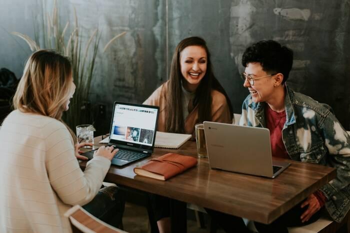 cara mengatasi stres bagi pekerja kantoran