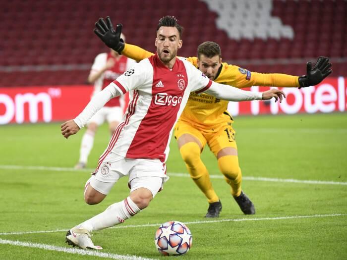 Nicolás Tagliafico dari Ajax beraksi
