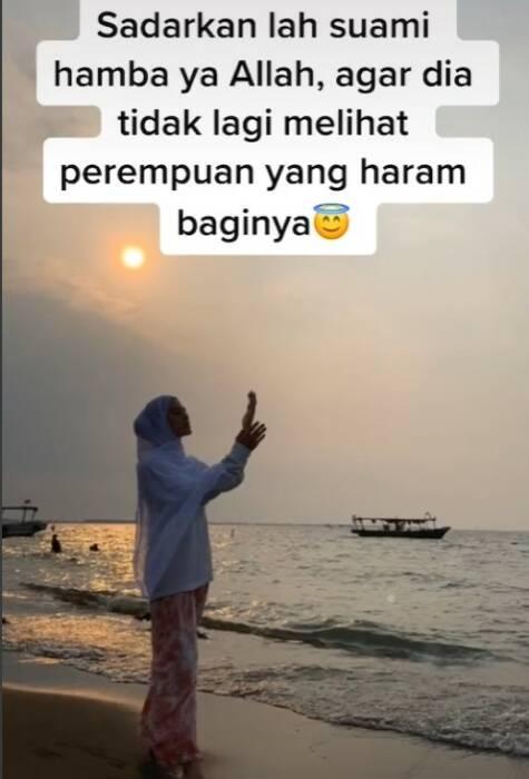 Screenshoot istri yang berdoa untuk suami. (Tiktok)