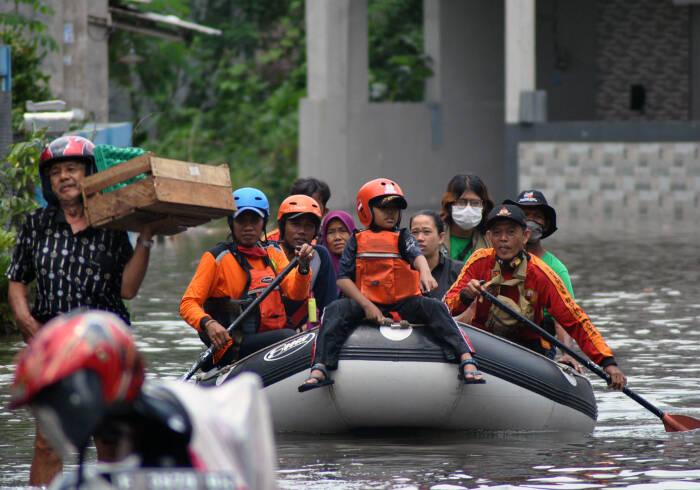 bencana alam 2020, bnpb, banjir,