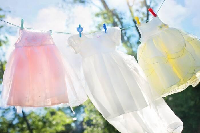 bahaya menjemur pakaian bayi di malam hari