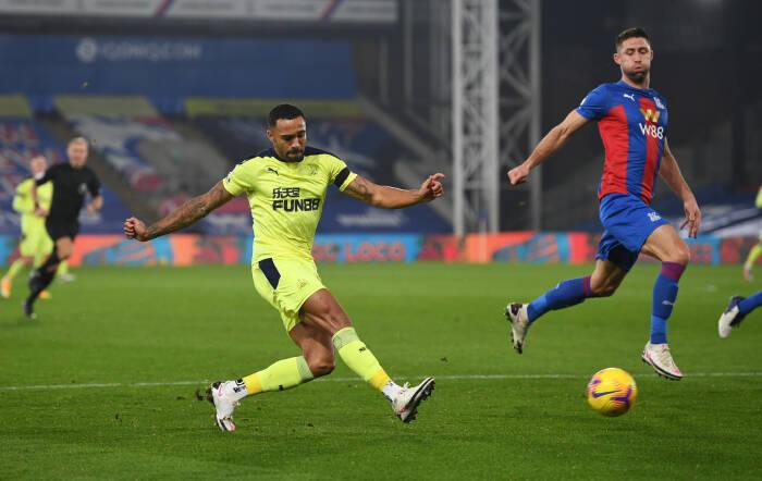 Callum Wilson dari Newcastle United beraksi