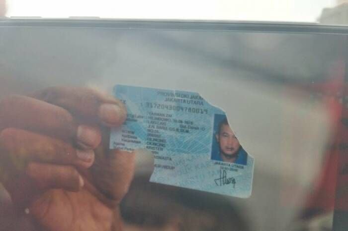KTP atas nama Yaman Zai ditemukan di lokasi pesawat jatuh